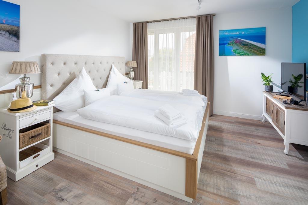 Heimathafen Juist Apartmenthaus: Augustenhöhe - Besuchen Sie uns, überzeugen Sie sich selbst und lassen Sie sich von der Wirklichkeit begeistern!